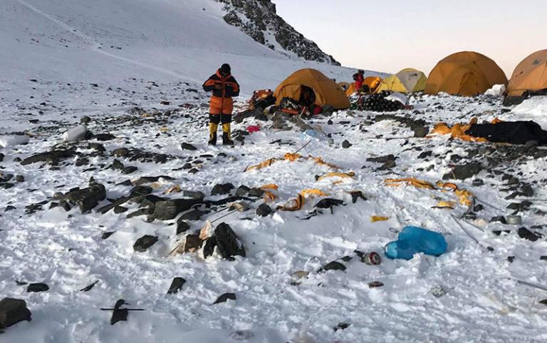 Everest, ottomila, alpinismo, inquinamento, ambienta, spazzatura
