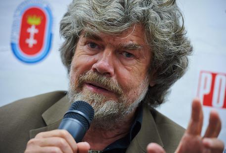 Reinhold Messner, Everest, turismo, Dolomiti