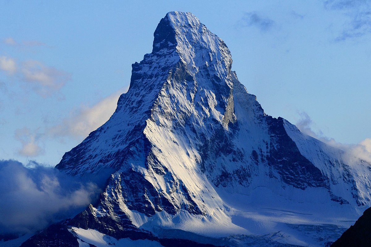 Photo of Alpinista precipita dalla cresta Furggen sul Cervino