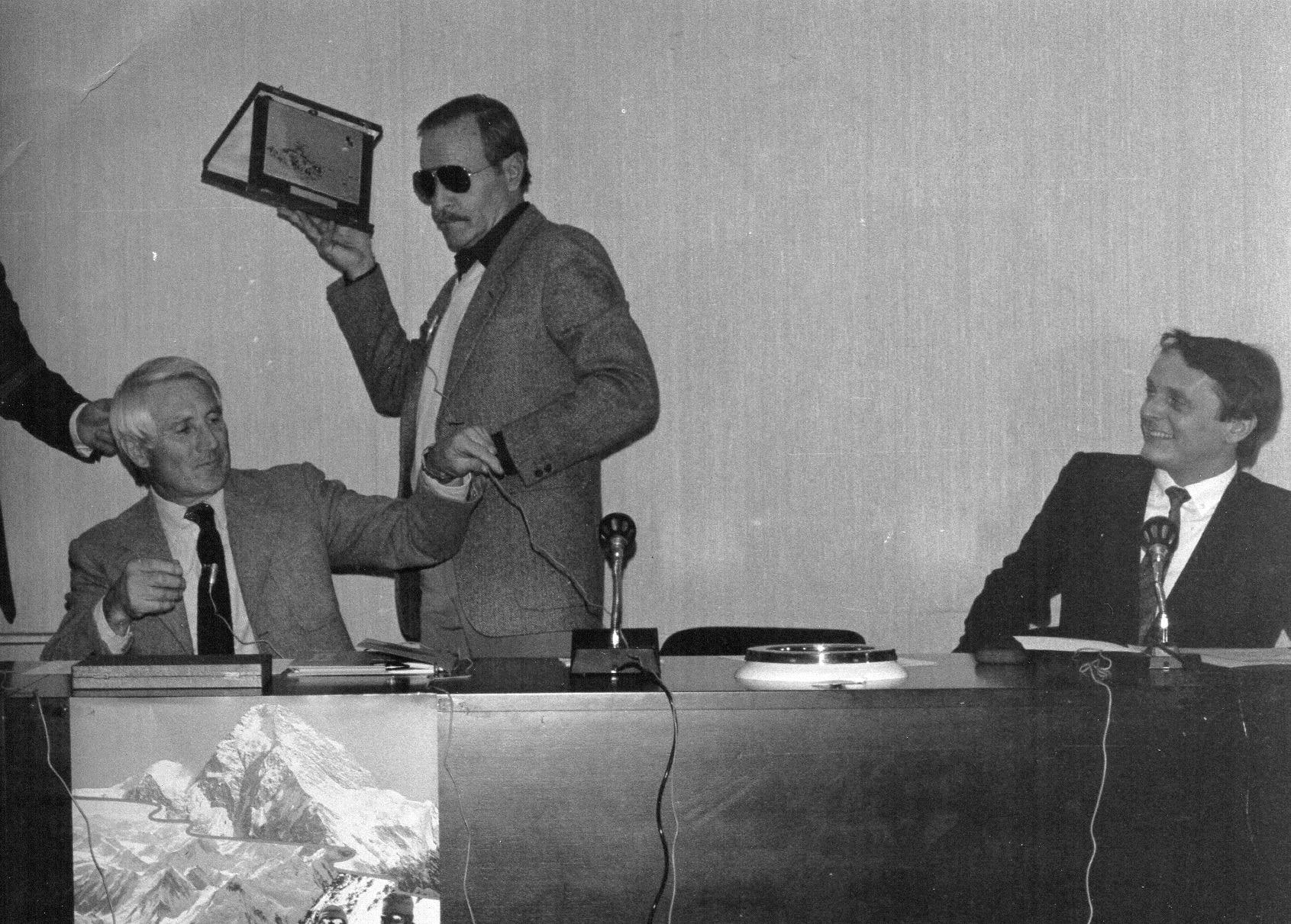 Walter Bonatti, Agostino da Polenza, Dino Perolari