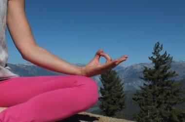 yoga, montagna, giornata internazionale dello yoga