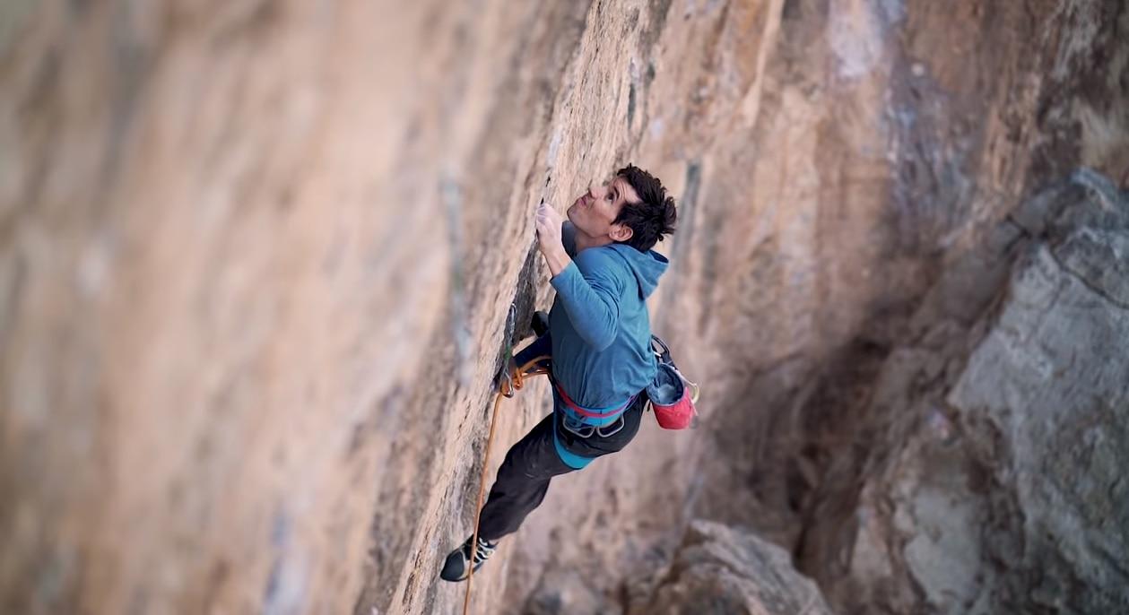 Photo of Scalare fuori dalla 'comfort zone': l'allenamento di Honnold e Siegrist
