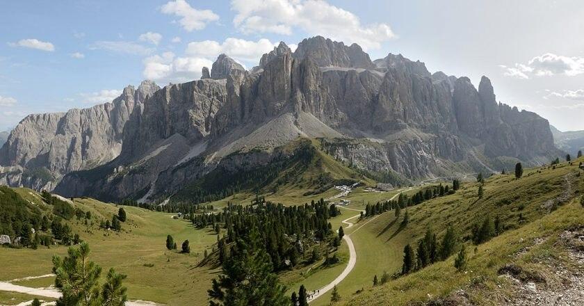 Dolomiti, turismo, Passo Sella