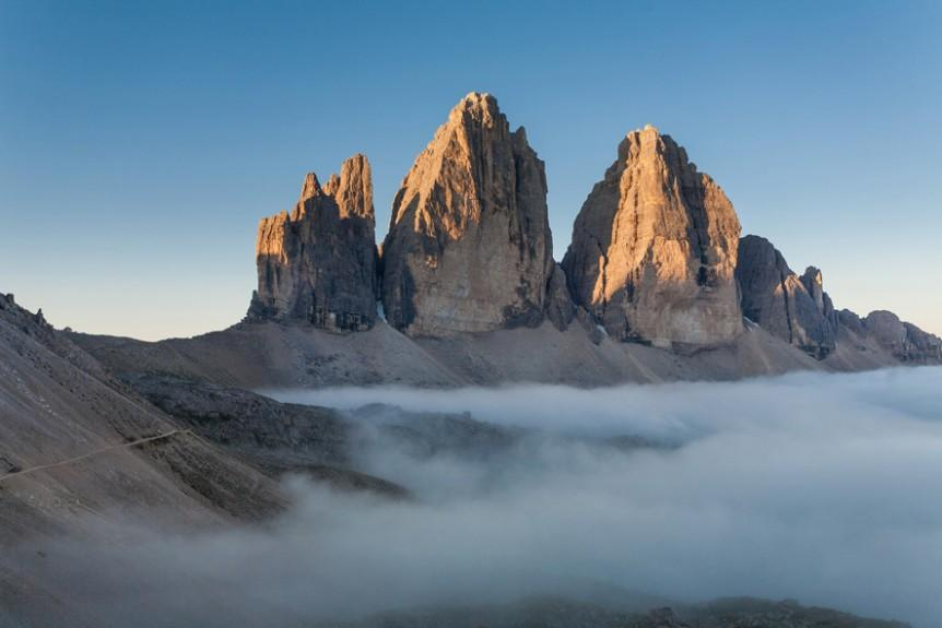 Photo of Il passo del vento. Il nuovo cammino letterario di Mauro Corona e Matteo Righetto