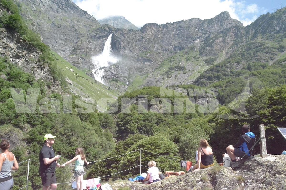 Photo of Prima apertura delle Cascate del Serio a suon di musica