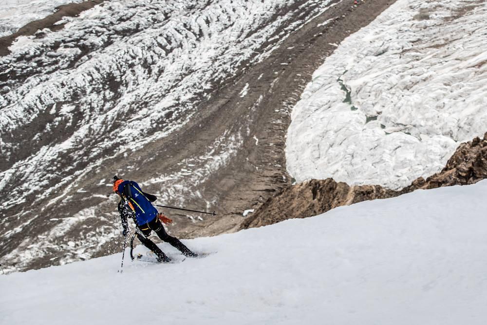 Photo of Vetta affollata sul K2, intanto Andrzej Bargiel è a campo 4