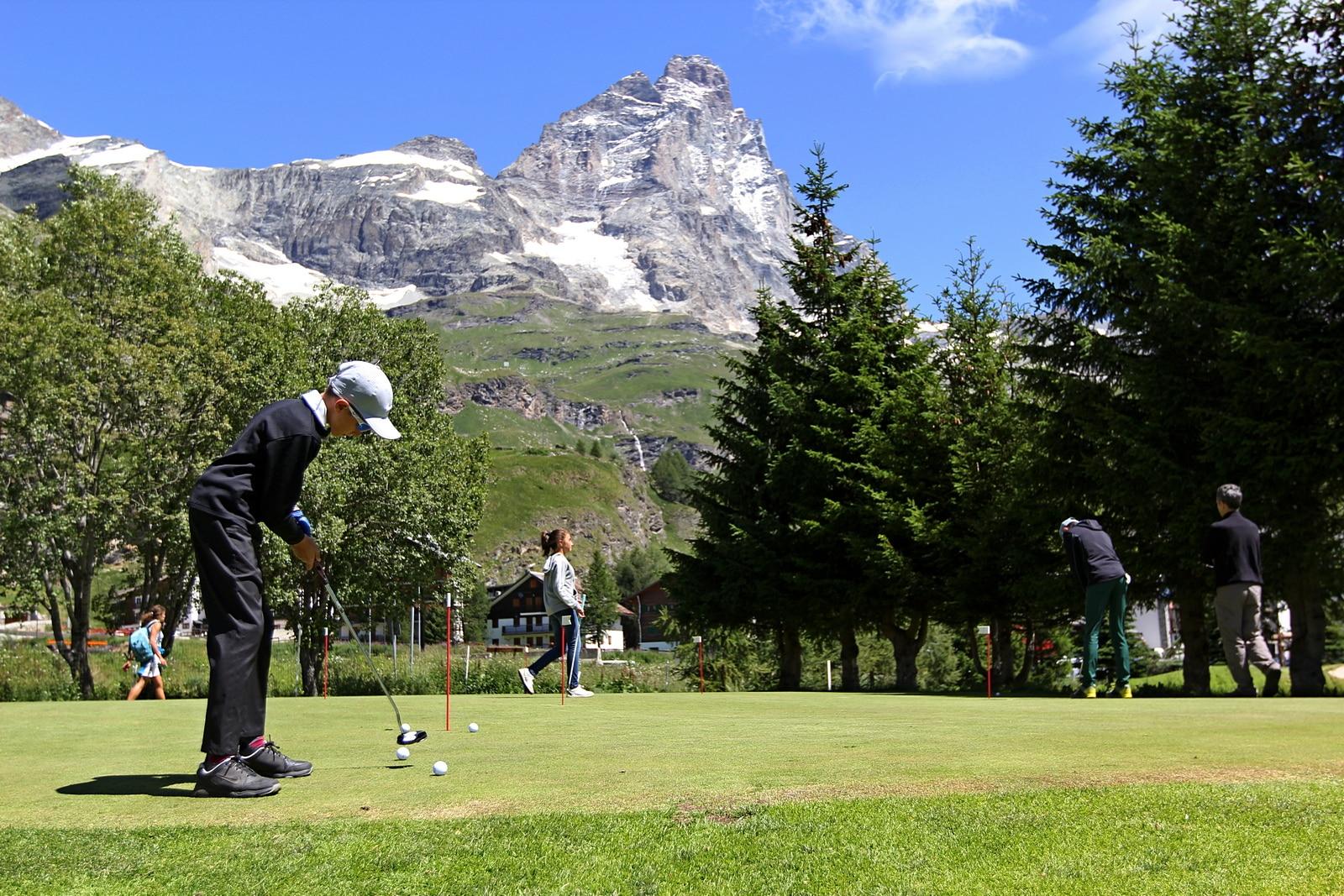 Photo of Outdoor festival 2018 – Imparare il golf in uno dei campi più antichi d'Italia