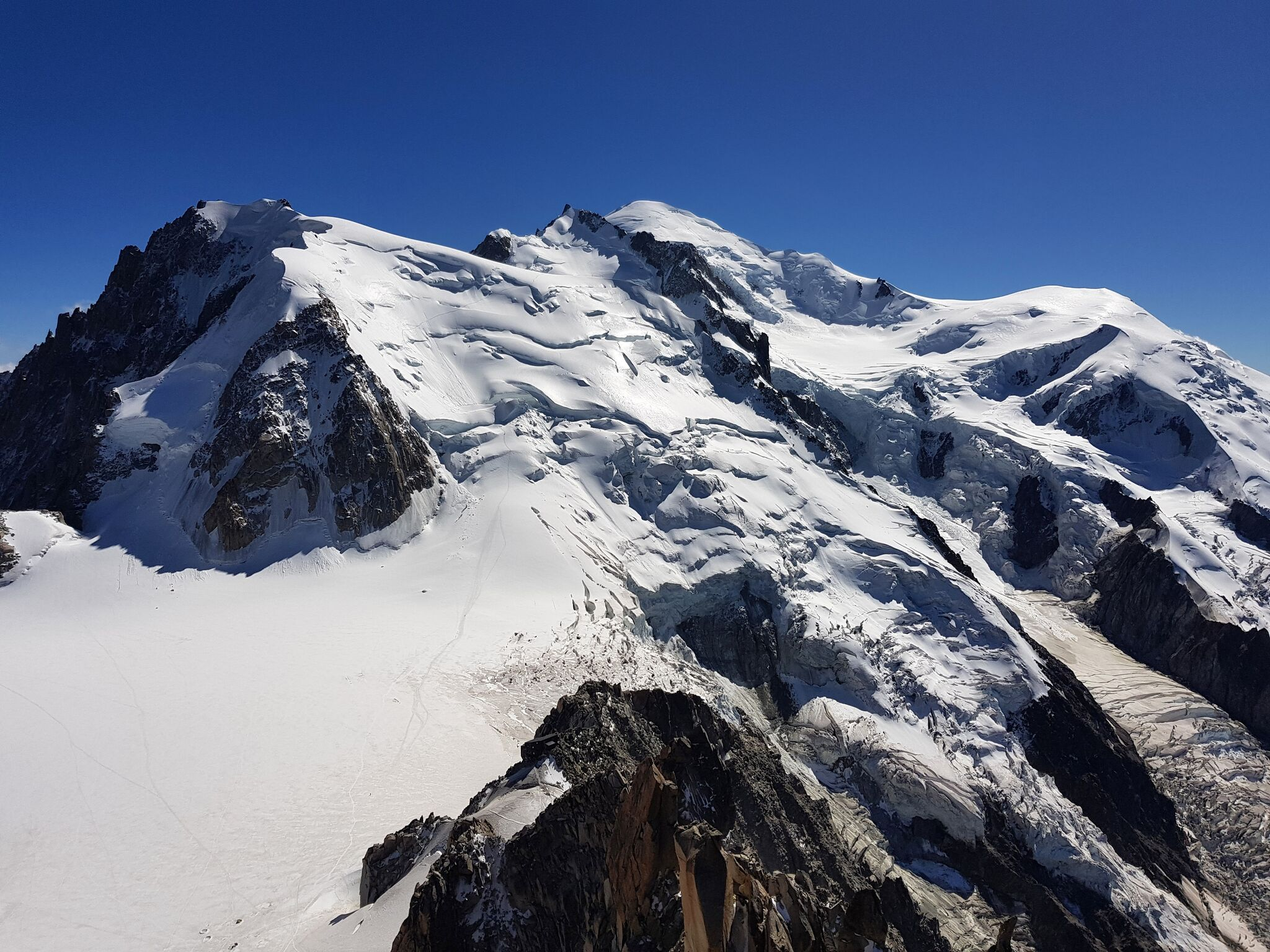 Photo of Monte Bianco, è di nuovo allarme per l'alto numero di vittime