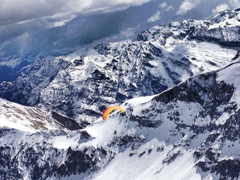 Photo of Michele Enzio, la guida alpina che vola come le aquile