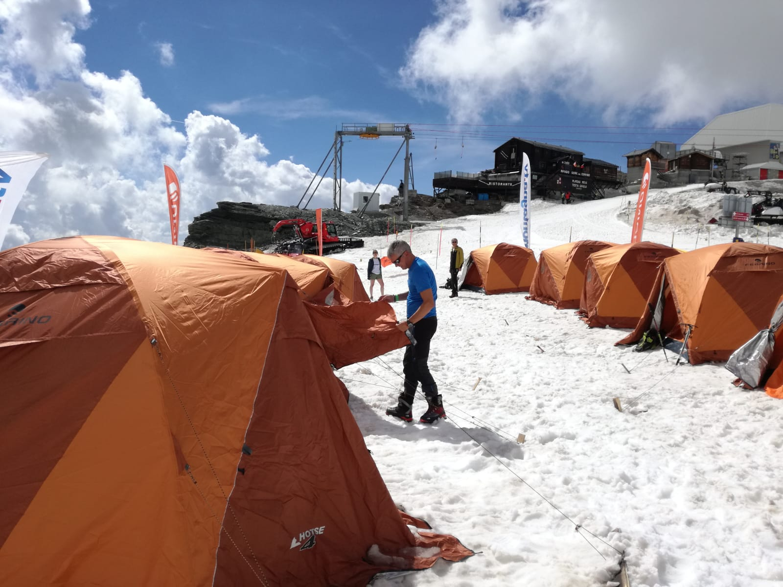 Outdoor, Cervinia, Campo base