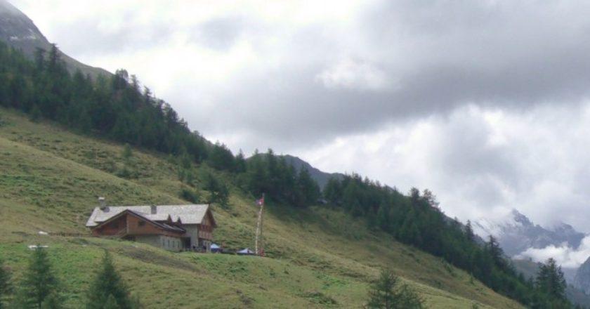 rifugio Bonatti, Courmayeur