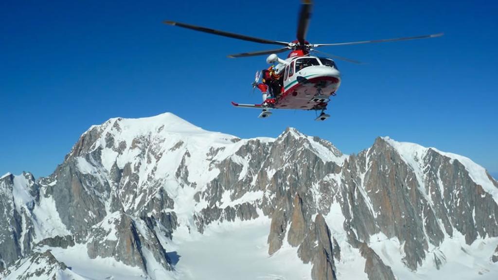 Monte Bianco, Soccorso Alpino, elicottero