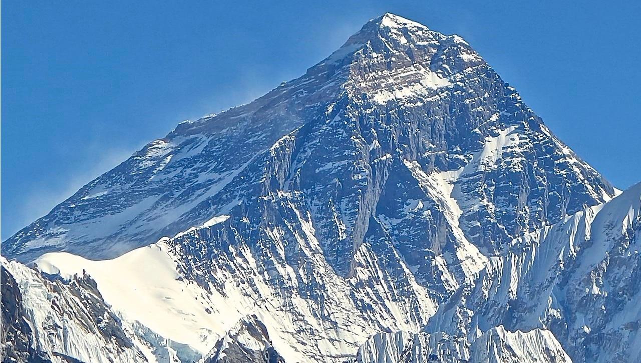 Everest, alpinismo, Nepal, turismo