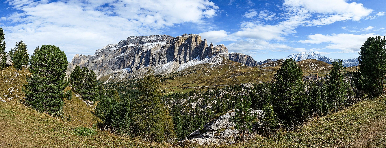 Photo of Limitazioni al Passo Sella: salvaguardia ambientale efficace o disastro per gli affari?