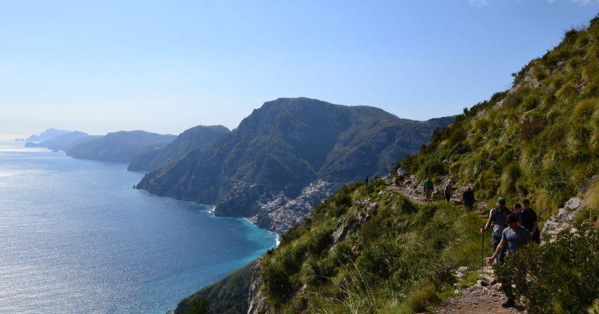 sicurezza in montagna, ciabatte, mare, montagne