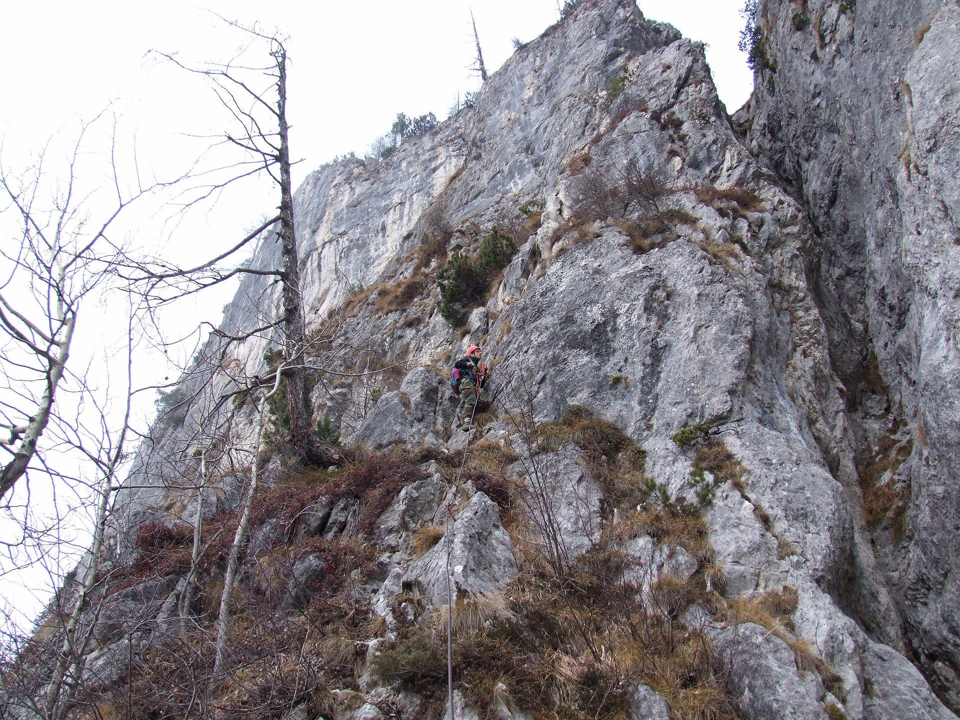 """Photo of Dolomiti, chiusa per motivi di sicurezza la ferrata """"Fiamme Gialle"""" sulla Palazza Alta di Pelsa"""