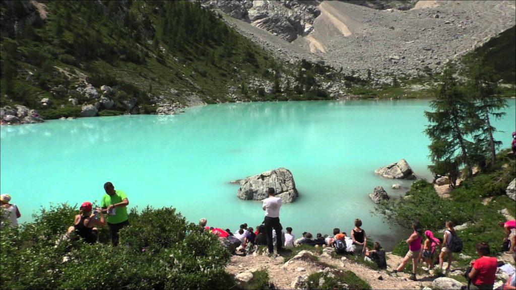 Lago di Sorapiss, turisti, cafoni, daspo, Mauro Corona