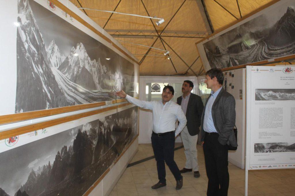 Everest, Pakistan, EvK2CNR