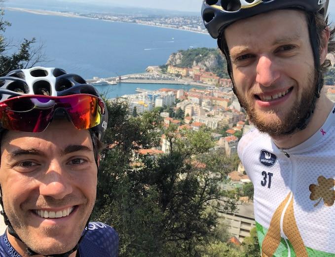 Photo of 1140 Km in bici sulle Alpi, l'avventura dei due ciclisti rimasti senza squadra