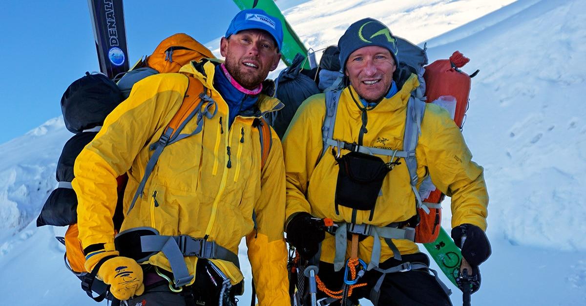 """Photo of """"Death Zone Freeride"""", ovvero sciare dalla vetta di 5 tra le montagne più alte del mondo"""