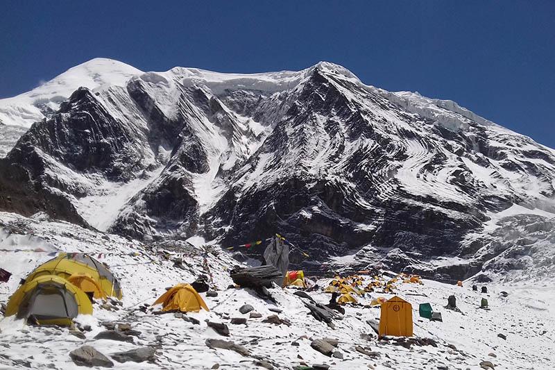 Photo of AGGIORNAMENTO – Uno sherpa disperso da ieri sul Dhaulaguri