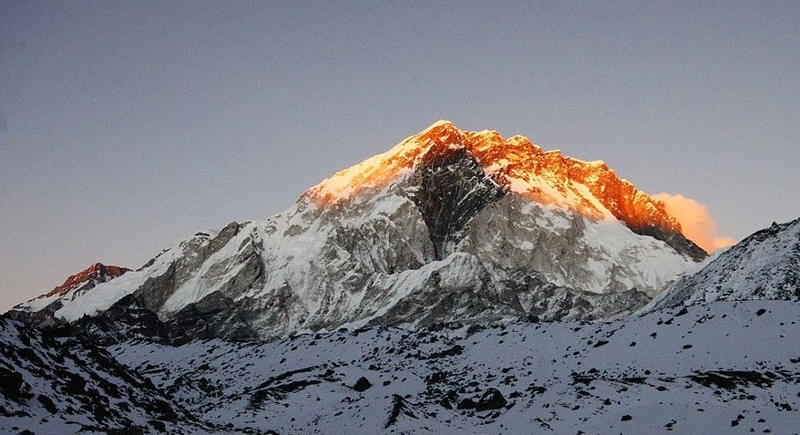 Alpinismo, cronaca, Everest, ottomila, Permessi falsi