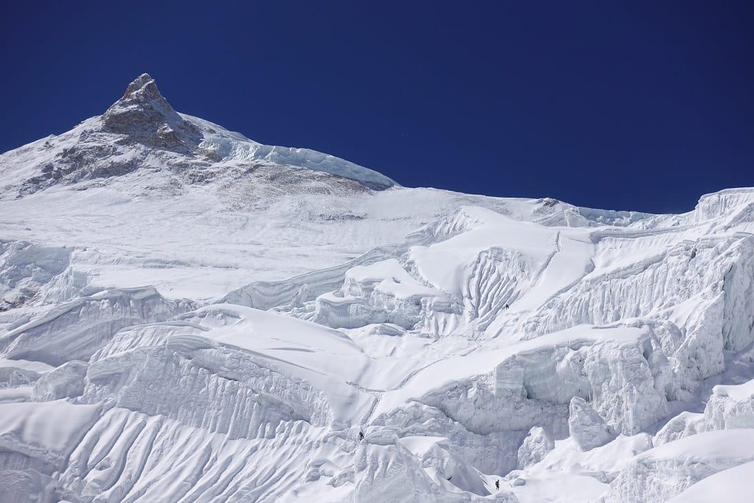 Manaslu, ottomila, alpinismo