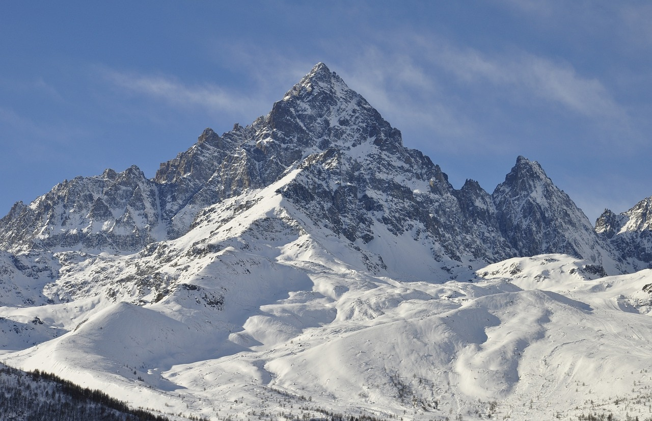 Photo of Un po' di Everest in cima al Monviso