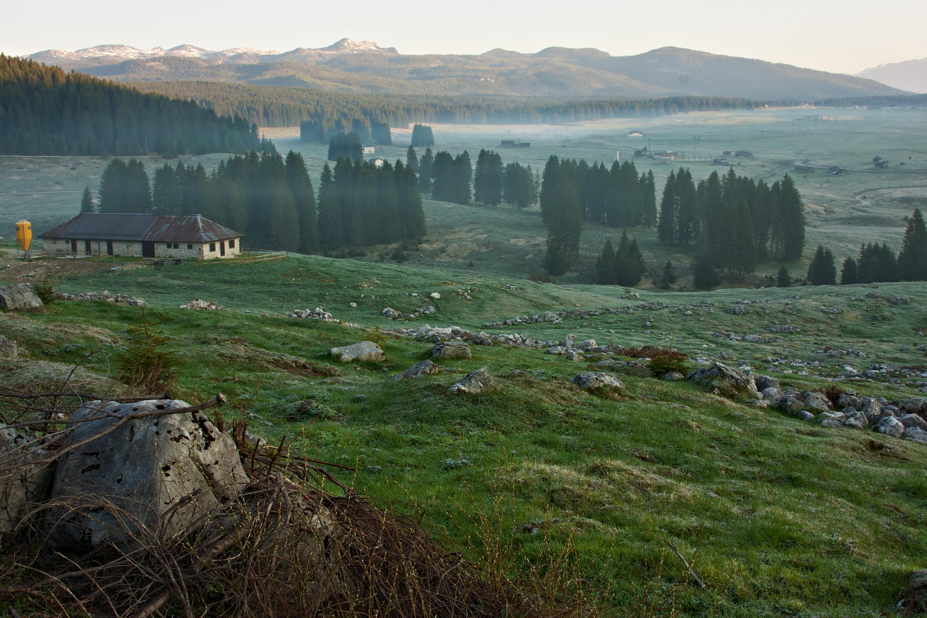 Photo of In edicola – Altopiano di Asiago da esplorare e conoscere con le guide di Meridiani Montagne