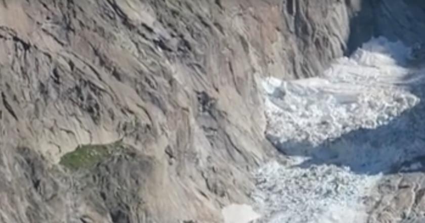 monte bianco, seracco, crollo, ghiacciaio