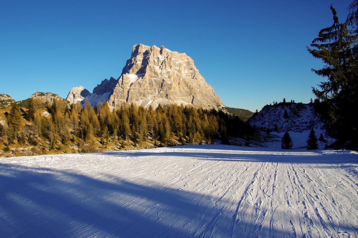 """Photo of Il CAI nomina il territorio della Val Zoldana """"Villaggio degli Alpinisti"""""""