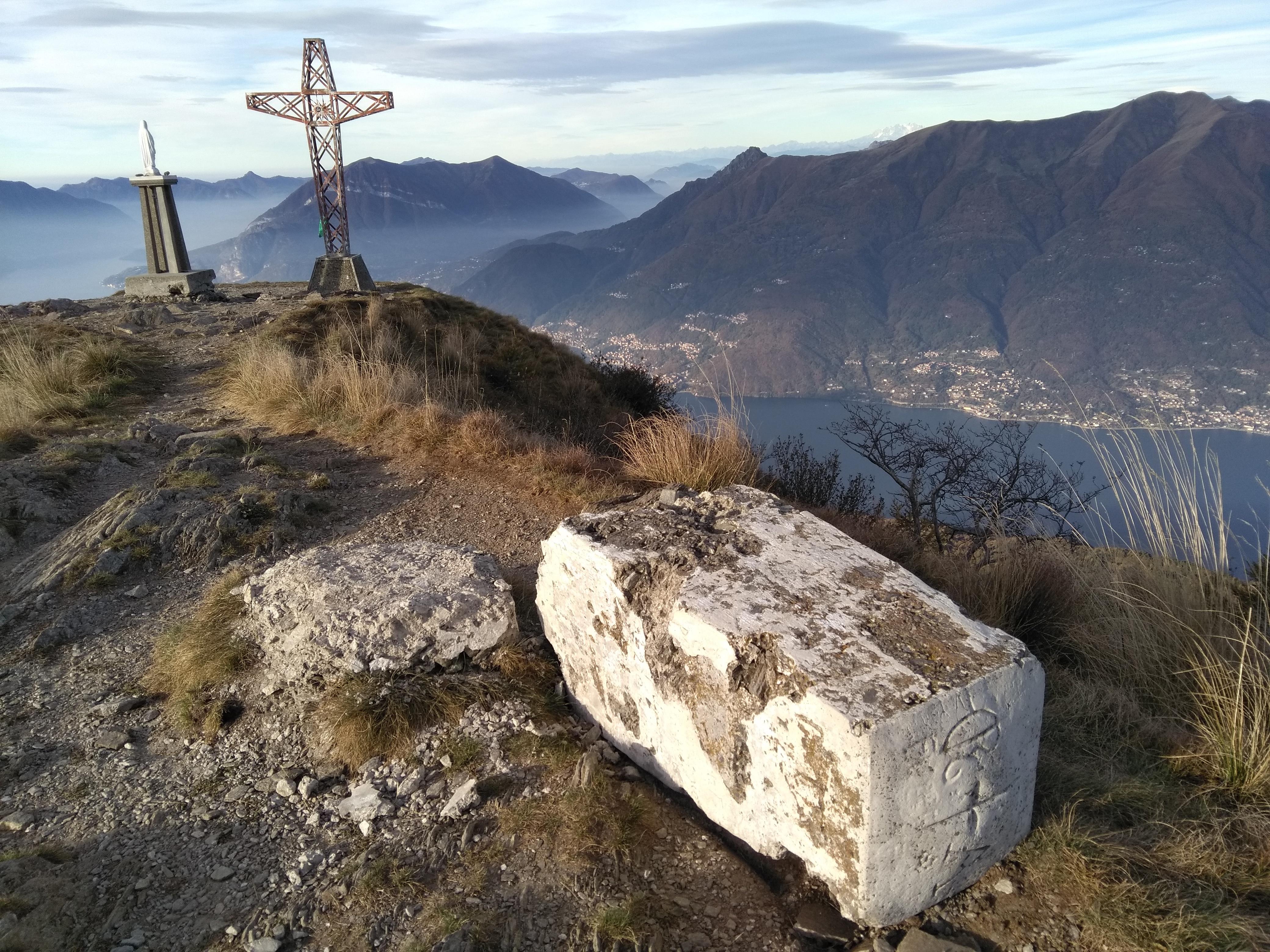 Photo of Abbattuto il cippo in vetta al Legnoncino: un nuovo atto vandalico?