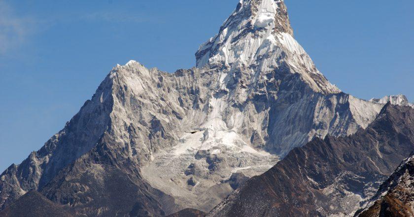 alpinismo, himalaya, incidente montagna, ama dablam