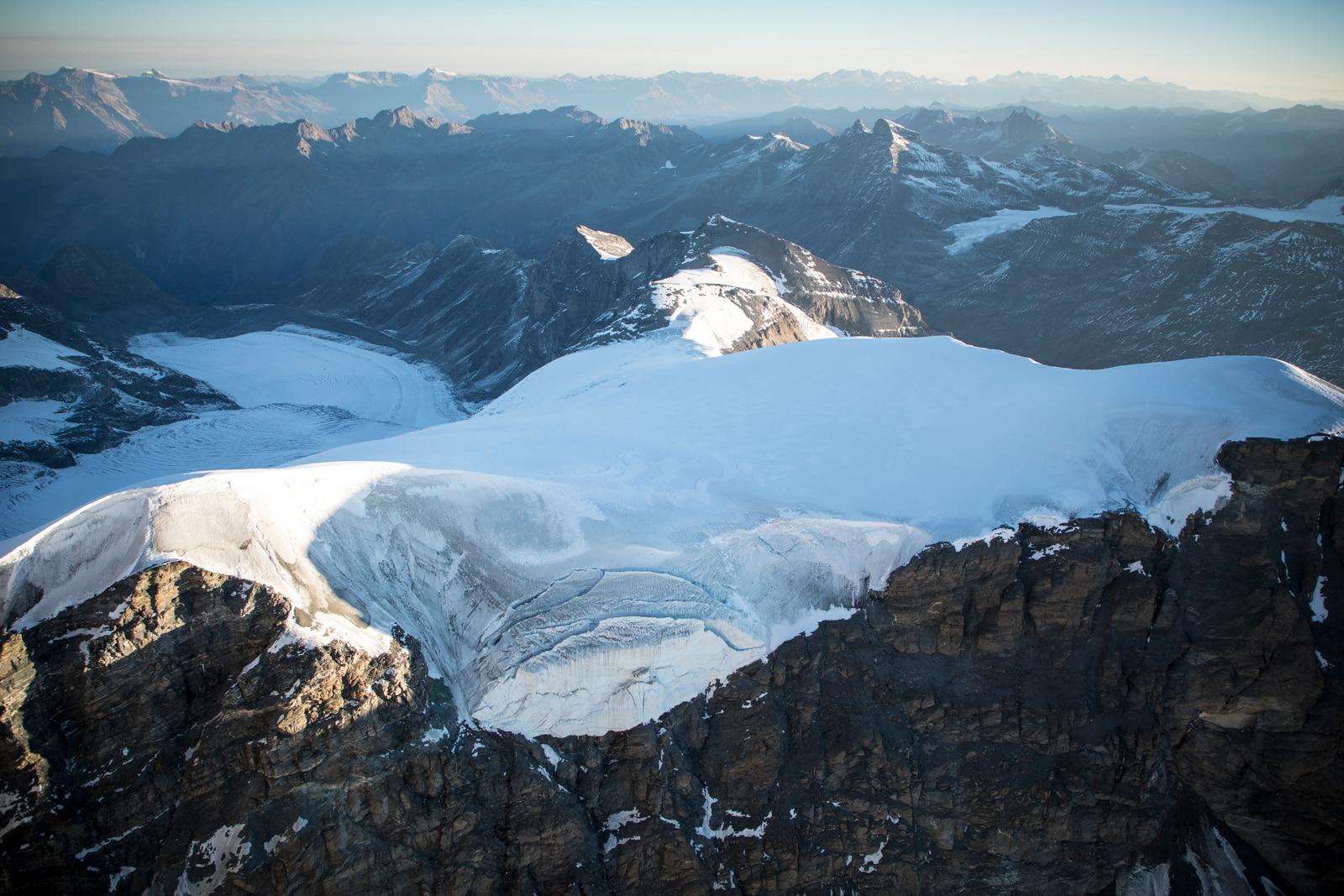 Photo of Inizia dal Grand Combin la corsa contro il tempo per salvare la memoria dei ghiacciai italiani