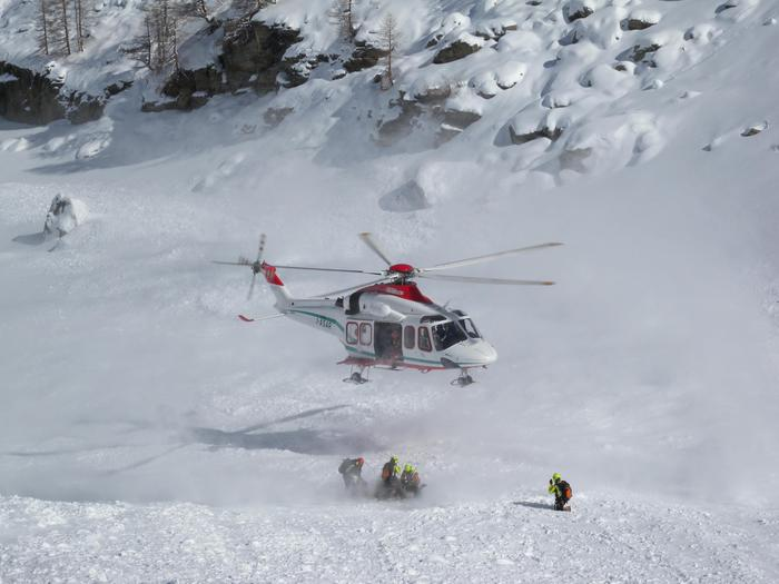 Photo of Valanga a Chamois, muore scialpinista