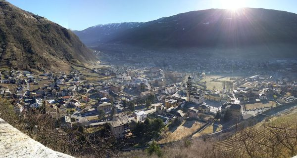 mantellina, car sharing, tirano, ferrovie