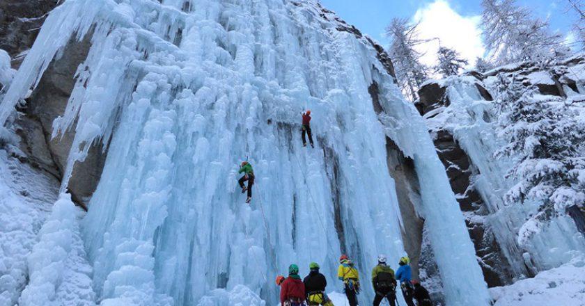 Cascate di ghiaccio, UVGAM, Cogne, Soccorso Alpino, Guide Alpine, ghiacciatori
