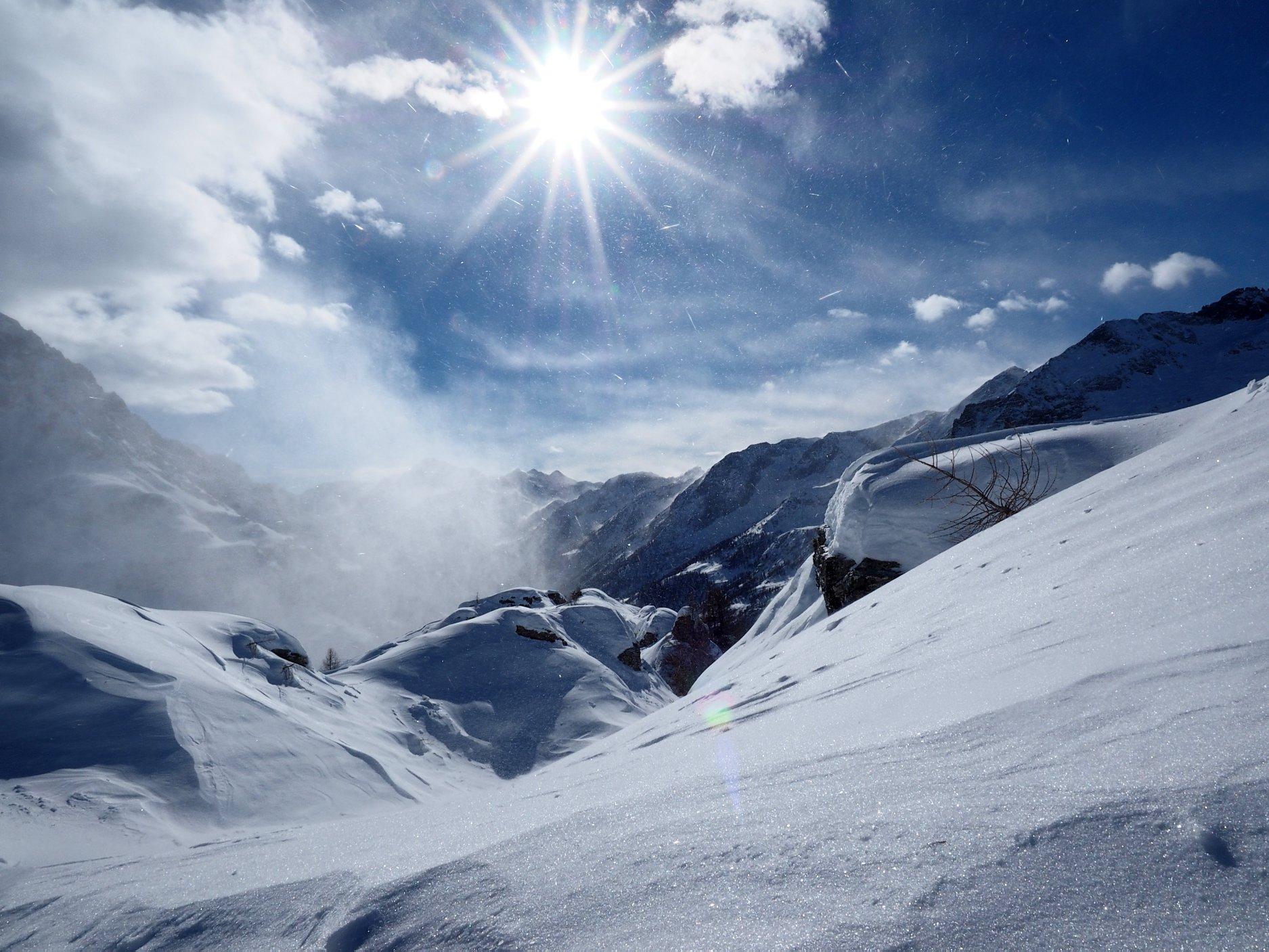 Photo of Ancora forte vento sulle Alpi e Appennino, rimane alta l'allerta
