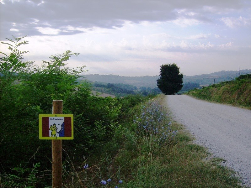 Photo of Via Francigena patrimonio dell'umanità. Primo sì dalla Commissione italiana per l'UNESCO
