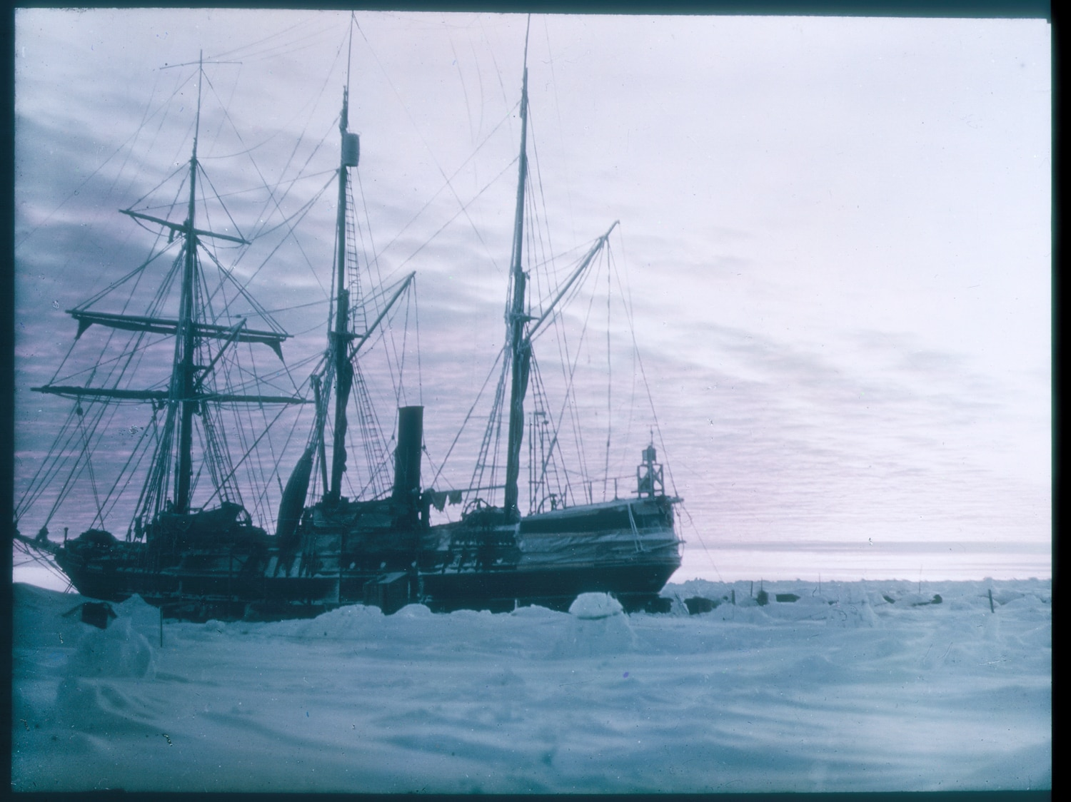 Photo of Esploratori al Polo Sud per recuperare il relitto dell'Endurance di Sir Shackleton