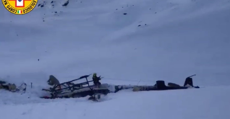 Photo of Ghiacciaio del Rutor, le prime immagini video del Soccorso Alpino sul luogo dello schianto