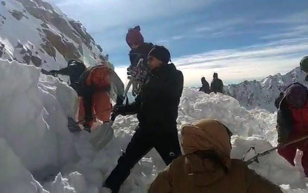 valanga, himalaya, ladakh