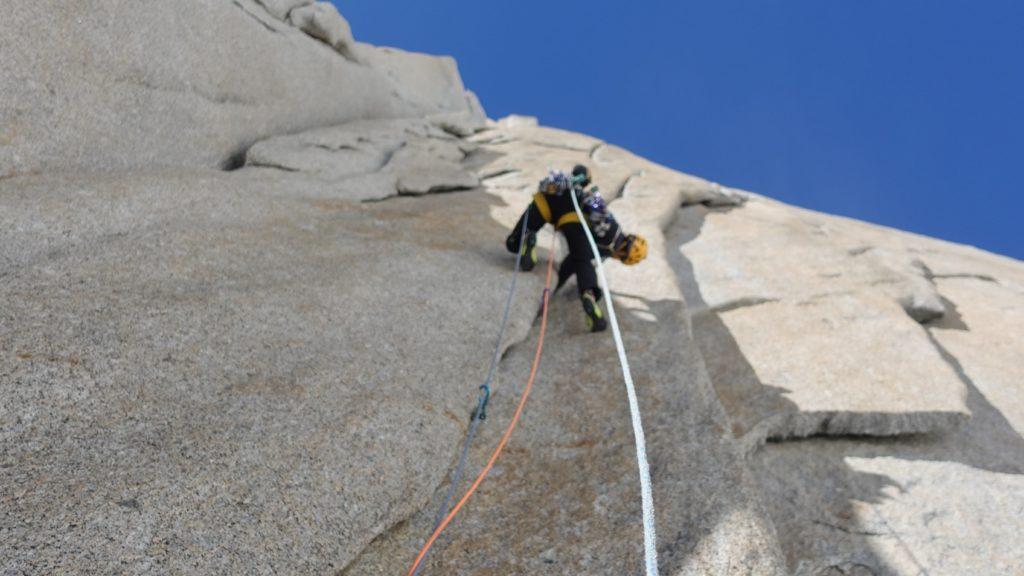 In scalata. Foto archivio Della Bordella