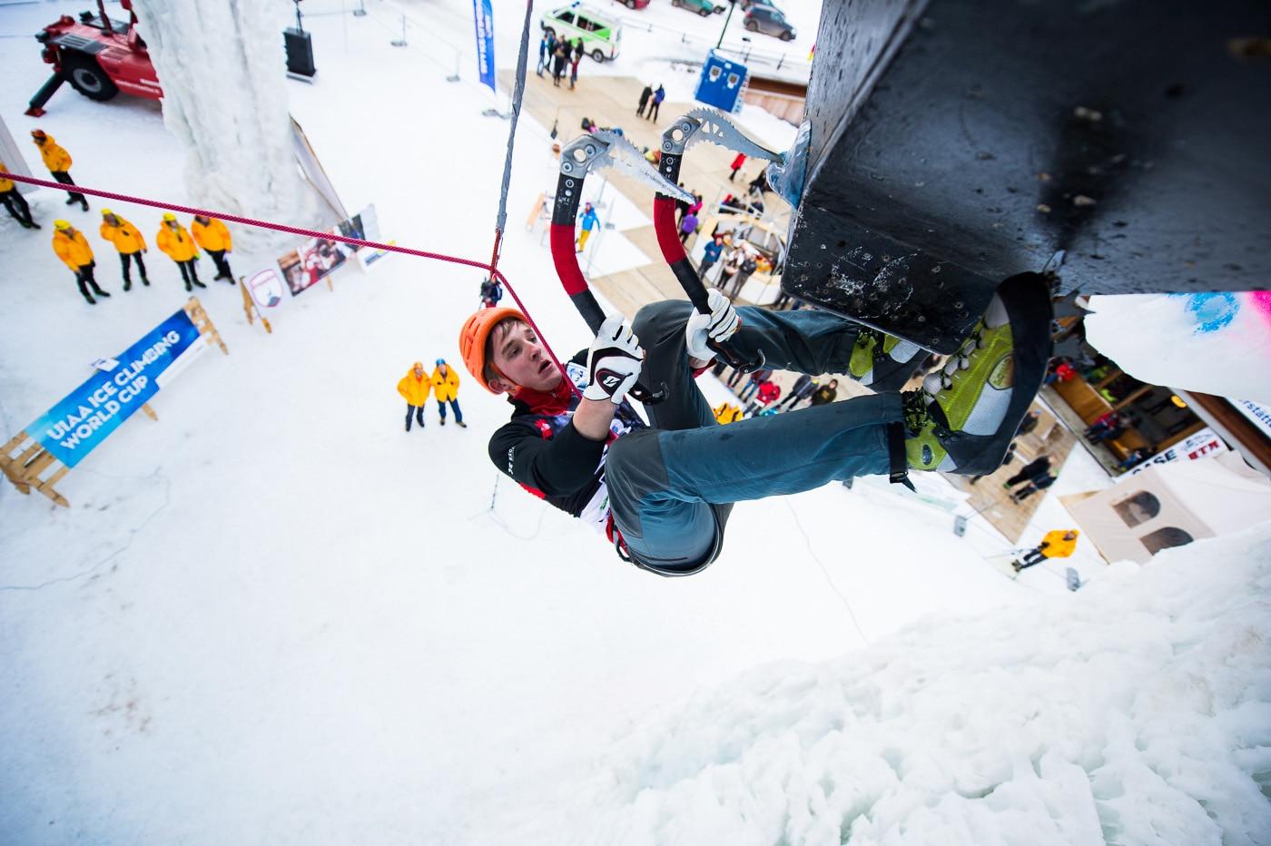 Photo of Ice Climbing World Cup: tutti gli occhi puntati sulla torre di ghiaccio di Corvara