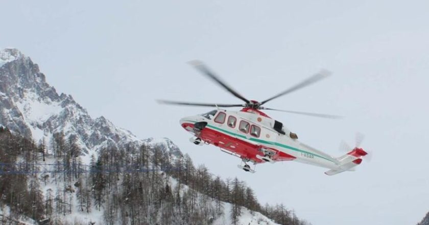 incidente in montagna, colle del lys, gressoney, valle d'Aosta, crepaccio