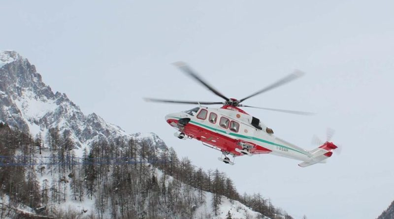 incidente in montagna, colle del lys, gressoney, valle d'Aosta, crepaccio
