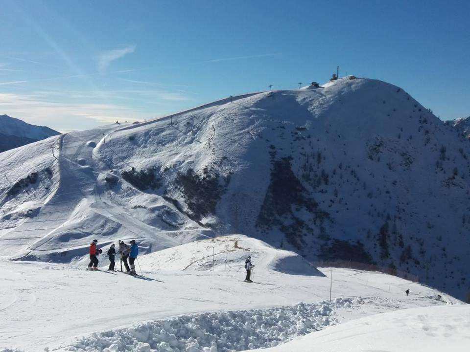 Photo of Scialpinisti e ciaspolatori in pista dopo l'orario di chiusura. Brembo Super Ski minaccia di chiudere la stazione