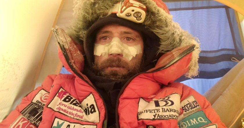 alex txikon, k2, simone moro, alpinismo, invernale