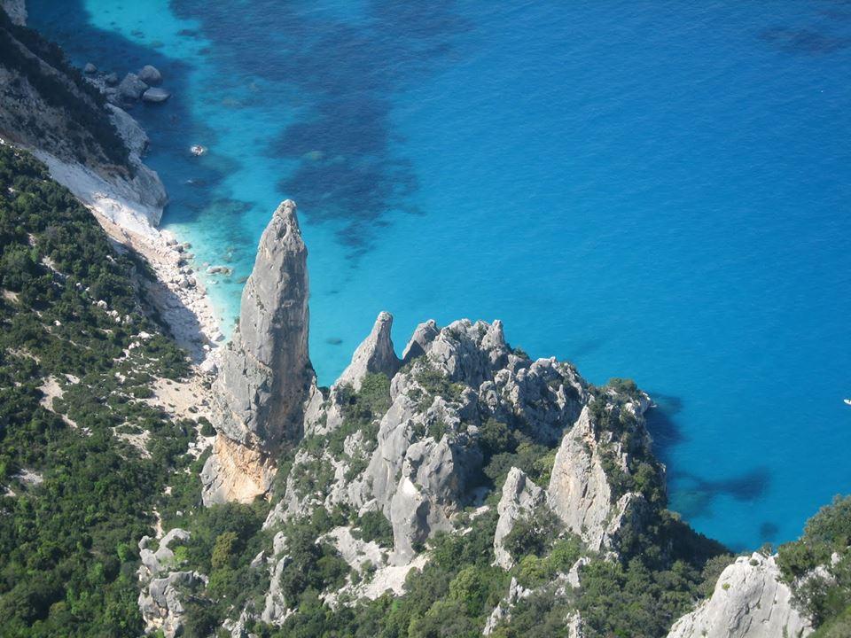 """Photo of Il ticket per accedere a Selvaggio Blu, tra i """"trekking più difficili d'Italia"""", non piace"""