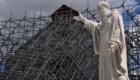 Norcia, la statua e la basilica di San Benedetto
